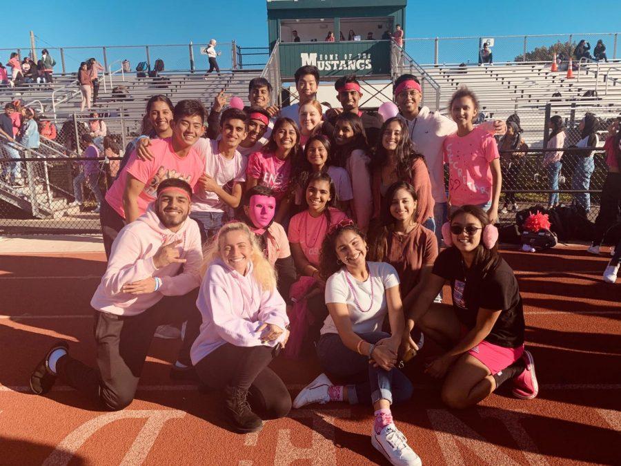 Seniors+wear+pink+at+the+Breast+Cancer+Awareness+Walk