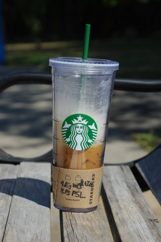Photo of a Starbucks iced pumpkin spice latte (labeled for re-use from flickr.com)