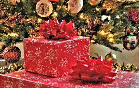Gift Ideas and Traditions for the 2019 Holidays
